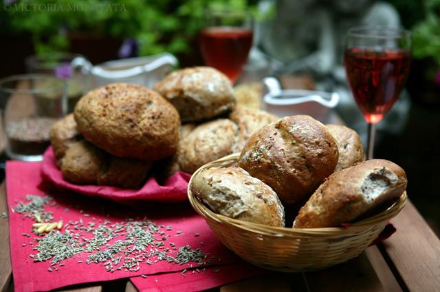 fresh-crispy-homemade-bread