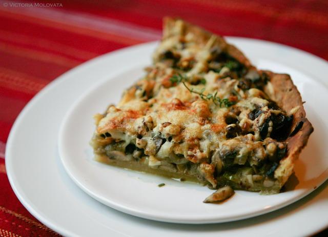mushrooms-wallnuts-liver-pie